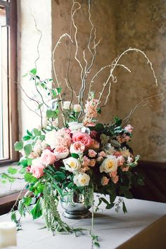 Wilmington Wedding from Eric Boneske + Fiore Fine Flowers  Read more - http://www.stylemepretty.com/little-black-book-blog/2013/12/06/wilmington-wedding-from-eric-boneske-fiore-fine-flowers/
