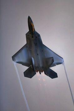 September 7 – The F-22 Raptor makes its first test flight.