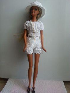 vêtement poupée mannequin Barbie (282)                                                                                                                                                                                 Plus