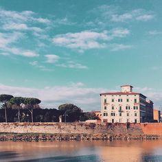 . Quiete. In pillole.  #Pisa  #LungarnoFibonacci  #Canong7Markii . . . . . . . . . . #LePasseggiateDiRicca #IAmNotATraveler #oltreloscatto #igerspisa #volgopisa #vivopisa #ig_pisa #pisa_friends #likes_pisa #Pisa_Toscana #seemycity #siituristadellatuacitta #MyBestCityShots #PrettyLittleTrips #igerstoscana #igfriends_toscana #toscana_super_pics #Toscanizzation #thehub_toscana #yallerstoscana #ig_tuscany #perlestradedellatoscana #Italiastyle_Toscana #igersitalia #yallersitalia #Browsingitaly…