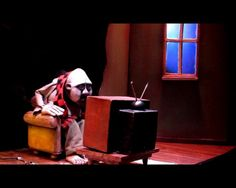 """MERLIN PUPPET THEATRE """"CLOWNS' HOUSES"""" trailer on Vimeo. I am in awe of the cut away backdrop boxed in theater design. Genius!"""