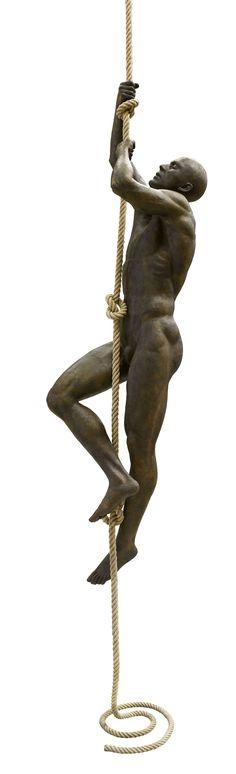 Escultura figurativa.