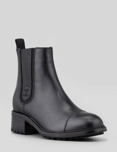 CHANEL Leather Gore Boot in Black
