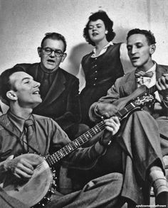The Weavers: Pete Seeger, Lee Hayes, Ronnie Gilbert, Fred Hellerman