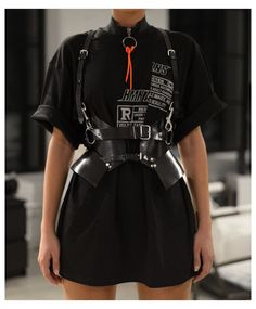 Rave Outfits, Edgy Outfits, Fashion Outfits, Egirl Fashion, Funky Fashion, Mode Streetwear, Streetwear Fashion, Corset Outfit, Corset Belt