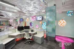 When working with TONS of documents at Quicken Loans, what fits better than origami inspired light fixtures? #Rossetti #cooloffices #interiordesign #commercialdesign #bestdesign #workplacedesign #bestplacestowork #officeculture