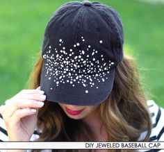 Survive Sunny Days With Our Favorite Summer Hats Painted Hats, Lace Jeans, Stylish Hats, Diy Hat, Summer Hats, Diy Fashion, Fashion Hats, Cleveland Indians, Diy Clothes