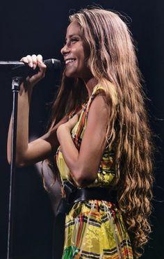 Camila Gallardo, Musical Hair, Beautiful Long Hair, Layered Cuts, Beach Hair, Female Images, Hair Inspo, Hair Goals, Queens