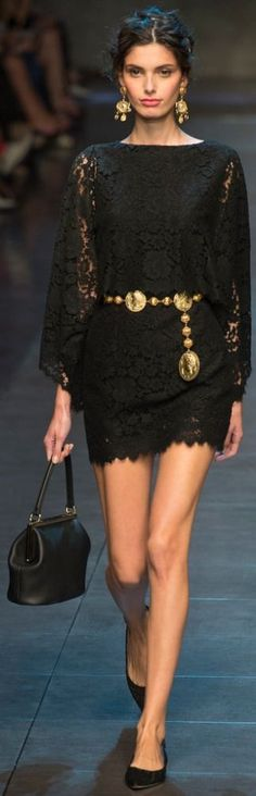 Trend Alert: The gold metal Belt – Fashion Style Magazine - Page 36