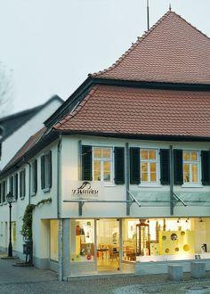 Aussenansicht   l    Schattner Augenoptik- und Hörakustik in Rockenhausen Foto: Uli Sapountsis