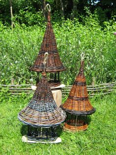 Small bird feeders, willow and driftwood