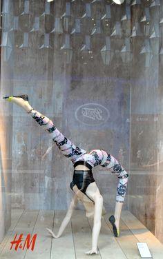 """H&M,London,UK, """"Be flexible in life"""", pinned by Ton van der Veer"""