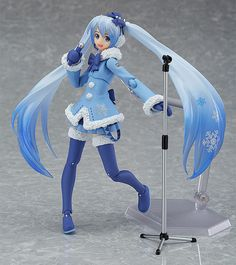 A Snow Miku dressed in a warm coat is joining the figma series! The Snow Miku: Fluffy Coat ver. announced back in 2012 is joining the figma series at long last! Her fluffy coat and ribbon with a jewel in the center all come together for a cute. Hatsune Miku, Chica Gato Neko Anime, Ghibli, Funko Pop, Fluffy Coat, Aesthetic Japan, Anime Figurines, Anime Dolls, Good Smile