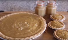 Make it some spreads or even tarts! Here's the best recipe for sugar pie! - Tips and Tricks - Tips and Crafts Icebox Pie, Bon Dessert, Cheesecake Pie, Tartelette, Sugar Pie, French Food, Other Recipes, Just Desserts, Yummy Treats