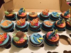 Nemo theme cupcakes dory and squirt