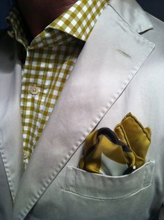When I get married, I would totally wear something like this! Love it. Yellow check, Italian cotton shirt with beige jacket and yellow handkerchief - great, fun style  #menswear #men #lgbt #married #gaywedding