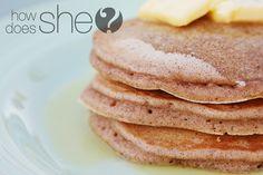 Cinnamon Bun Pancakes...I've gotta try these!