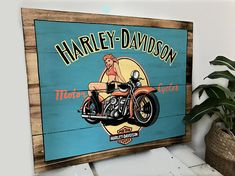 Painted wood to hang or place. Palette, Harley, Painting On Wood, Illustration, Style, Compass, Woodwind Instrument, Swag, Stylus