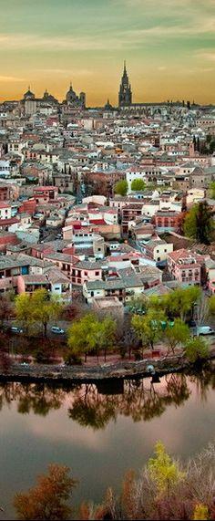 #Toledo, #Spain http://en.directrooms.com/hotels/subregion/2-4-960/