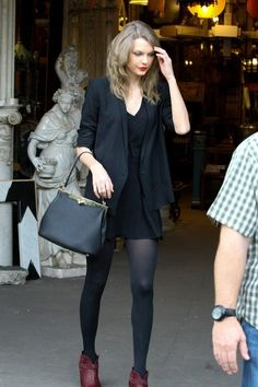 FOR USA SALES: Contact Randy Bauer (310) 910-1113 bauergriffinsales@gmail.com.Taylor Swift is seen shopping at Whole Foods and furniture mar...