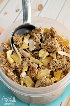 Need a mini escape to the tropics now? You can't go wrong with these crunchy Tropical Paradise Granola Clusters infused with sweet tropical flavors. Most Popular Recipes, Great Recipes, My Favorite Food, Favorite Recipes, Granola Clusters, Italian Pasta Recipes, Good Food, Yummy Food, Food Obsession