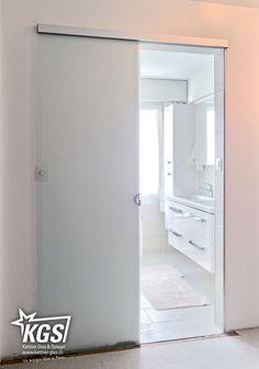diamant satinato glast re als holzt renersatz f r glast re zwischen badezimmer und schlafzimmer. Black Bedroom Furniture Sets. Home Design Ideas