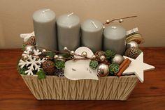 Adventní svícen v šedé Christmas Time, Christmas Wreaths, Advent Candles, Inspiration, Biblical Inspiration, Inspirational, Inhalation