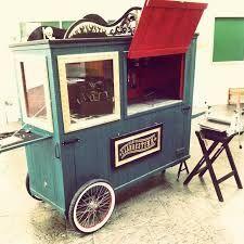 Resultado de imagem para modelos de carrinho de madeira para doce