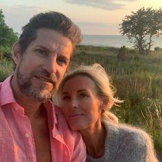 """Victoria Skoglund on Instagram: """"Han som skrapar isen från rutorna på min bil i morgonrock kl. 06.23 trots att han själv har lågsäsong. Han som doftar grönt krispigt äpple…"""" Victoria, Couple Photos, Couples, Instagram, Recipes, Couple Shots, Couple Photography, Couple, Couple Pictures"""