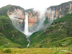 Caminho que leva para a Cachoeira do Tabuleiro