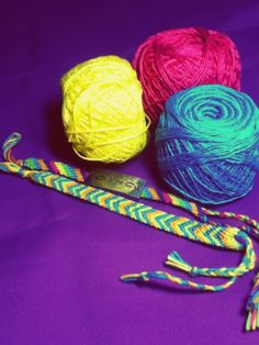 Friendship bracelets :) Friendship Bracelets, Diy, Do It Yourself, Bricolage, Handyman Projects, Crafting, Diys
