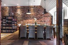 rustic brick wall - tiiliseinä