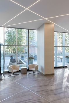 For a sleek, modern look in offices and commercial spaces, use recessed LEDs Unique lighting Idea TruLine - by Pure Lighting Ceiling Design Living Room, Bedroom False Ceiling Design, Ceiling Light Design, Home Room Design, House Design, Linear Lighting, Unique Lighting, Lighting Design, Lighting Ideas