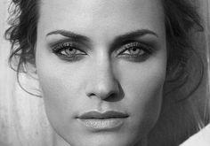 ♦ Amber Valetta... stunning eyes and lips