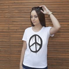 Women's Peace Sign T-Shirt Love Clothing, Peace And Love, Color Combinations, Slim, T Shirts For Women, Black And White, Stylish, Lady, Tees