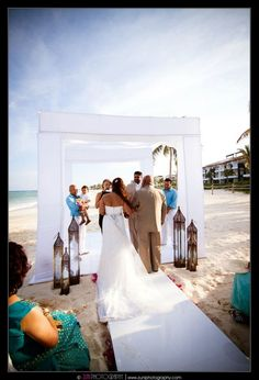 nice ceremony set-up