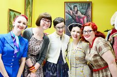 short hair (front) - via Esme and the Laneway (truly-vintage-market-day f by night.owl, via Flickr)