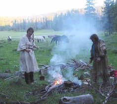 Camping Primitive Style~if you're a gal doing the rendezvous thing, you've got to check out this website! These women are hardcore. There are lots of how-to's also.