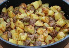 Ha valamit igazán szeretek enni, az a brassói. Sokféle módon láttam már elkészíteni, de nekem ez a kedvenc receptem. Imádom! Ehhez képest s... Hungarian Recipes, Kung Pao Chicken, Sprouts, Potato Salad, Bacon, Potatoes, Cooking Recipes, Vegetables, Ethnic Recipes