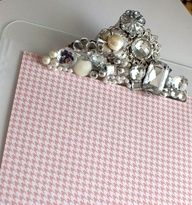 How to bling up a clip board.Nice! (this would be fun to take to work with me on inspections)