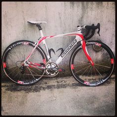 La mia bambina #me #mybike #love #cycling #ready #atutta #gogo #isolano #white#and#red #dynatek #vision #t42 #carbon #tantafatica #allisready #love #tantoamore #tagsforlikes #like4like