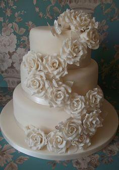 Vintage Rose Cascade Wedding Cake | The bride had seen this … | Flickr