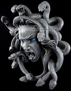 medusa resin - Google Search Medusa Snake, Medusa Art, Medusa Gorgon, Medusa Tattoo, Dark Fantasy, Fantasy Art, Roman Sculpture, Sculpture Art, Mythological Creatures