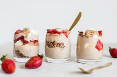 Sugar Free Recipes, Veg Recipes, Cooking Recipes, Gluten Free Cereal, Gluten Free Granola, Spice Things Up, Cool Things To Make, Coconut Whipped Cream, Parfait Glasses
