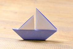 Origami Boat With 2 Sails Photo Tutorial - Paper Kawaii Origami Boot, Origami Ring, Origami Simple, Cute Origami, Origami Star Box, Origami Stars, Origami Instructions, Origami Tutorial, Mobil Origami