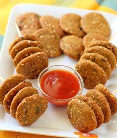 बाजरे के वड़े - Bajra Vada in Hindi. Recipe in Hindi of bajra vada. How to make bajra vada in hindi. बाजरे के वड़े आसानी से बन जाते और और खाने में भी स्वादिस्ट होते है।