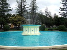 Tom Parker Fountain : Art Deco : Style : Napier : North Island : Travel : New Zealand : Suggestions : Hotels : Accommodation : Sightseeing : Booking : Events : Getting Around Heroes Book, Tom Parker, Art Deco Buildings, Wonderful Places, New Zealand, Countryside, Fountain, Island, Hawks