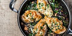 Wild Rice Chicken Skillet is the perfect comfort food for a cold February! I Love Food, Good Food, Yummy Food, Tasty, Fun Food, Food Network Recipes, Cooking Recipes, Cooking Videos, Meal Recipes