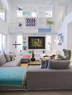 RENOVACIÓN INTEGRAL La remodelación de esta casa, de 600 metros cuadrados y ubicada en Sunny Island, Miami, tenía como objetivo aprovechar la doble altura y los vacíos de la estructura. Foto: Dora Franco.