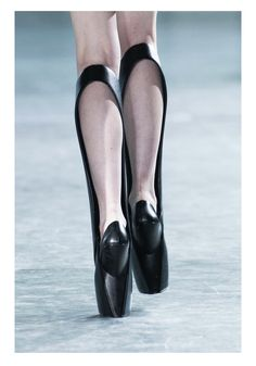 Iris Van Herpen Fall / Winter 2014 #fashion